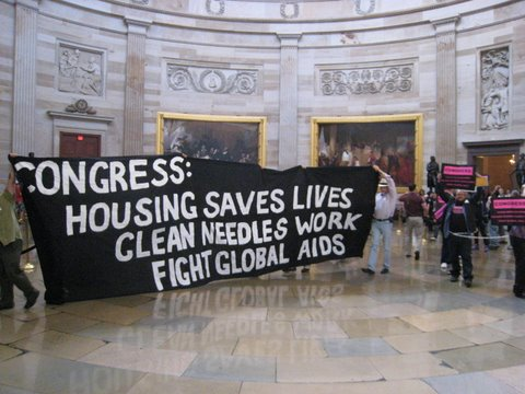 Congress! Do we have your attention?  Photo bymjb2009